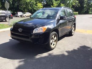 Toyota RAV 4 2009 black low kilometers