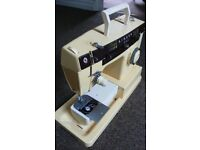 Singer sewing machine 7105 vintage model Needs service with instructions electric