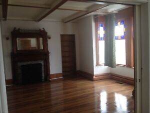 Spacious and Nice 4 Bedroom Apartment