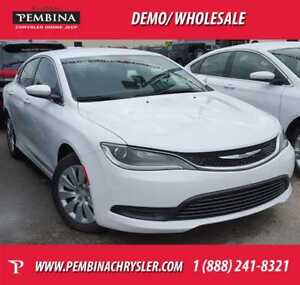 2015 Chrysler 200 LX *ACTIVE GRILLE SHUTTERS, LOW KMS*