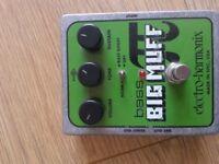 Bass big muff pedal