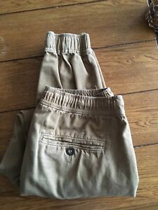 American Eagle Men's Khaki Joggers-Small