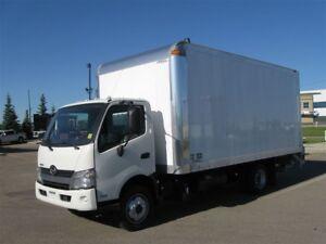 2017 Hino 18ft dry freight body TE-33 gate