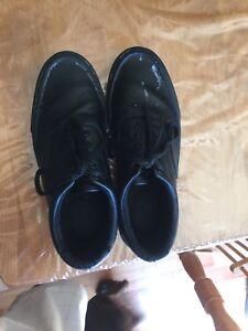 Slip resistant shoes SafeTstep