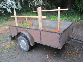 8ft x 5ft trailer........swap for........7ft x 4 ft trailer