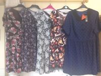 Bundle of 5 woman's tops ranging from size 20 , 22 , and 24