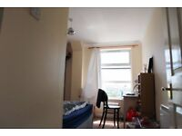 2 mins to station, 1 mins to Tesco express, superb convenient , double room at canada water