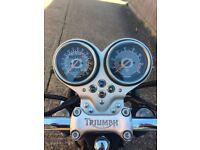 Triumph Bonneville T100 2004