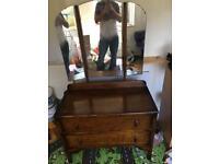 dresser drawers