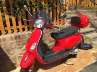 VESPA LX50 RED ONLY 1900 MILES