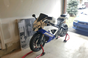 ***Beautiful GSXR 600 in amazing condition***