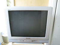Panasonic TX-21AP1 21 inch CRT tv - ideal for retro gaming