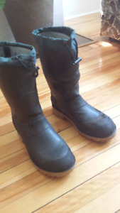 Men's winterized rubber boots
