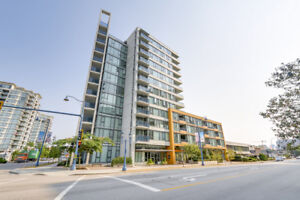 Lansdowne Richmond Condo for sale: The Camber 1 bedroom 562 sq.f