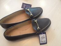 Pavers Navy ladies shoes - new, size 6