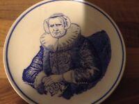 Delph portrait plate