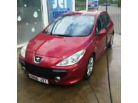 Peugeot 307 1.6 hdi red