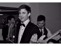 Professional Jazz / Pop Vocalist seeking covers musician(s) for weddings/functions