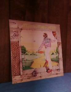 Elton John Record - Goodbye Yellow Brick Road - 2 Discs