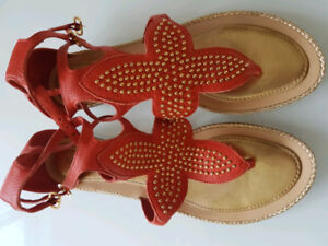 OR BEST OFFER Orange and gold leather/wood Kate Spade sandals –