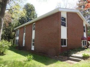 15-056 Great family home in Old Clayton Park!