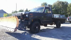 Ford F-350 6.9L Diesel 1986 With Plow