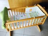 Baby crib& bedding set