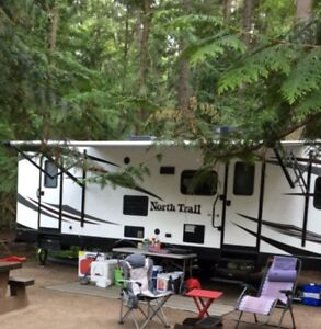 North Trail (almost new) 28ft Bunk Model