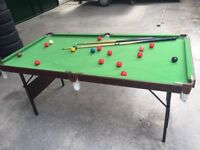 6ft x 3ft Snooker Table inc Balls, Cue's etc