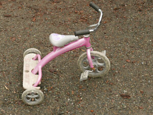 "Lil' Giant 10"" Tricycle"