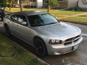 2010 Dodge Charger 3.5L High Output - Like New