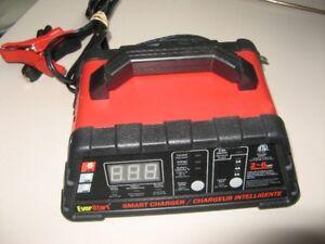 chargeur intelligent pour batteries moto bateau auto
