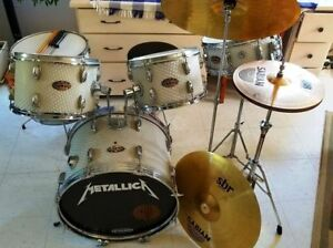 9-Piece Coronet Drum Set