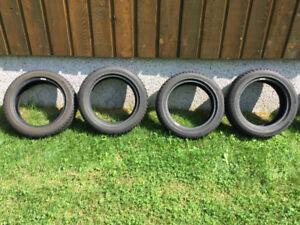 4 pneus d'Hiver pour Smart presque neufs
