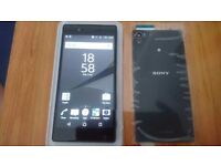 Sony Xperia Z5 <<< 90£ >>> !!! NEW SCREEN,refurbished but sim card Reader needs to be repleaced