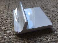 Brand New Apple iPad 2 Dock