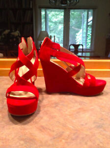 Isabella Brown Strappy Wedge High Heels RED size 9