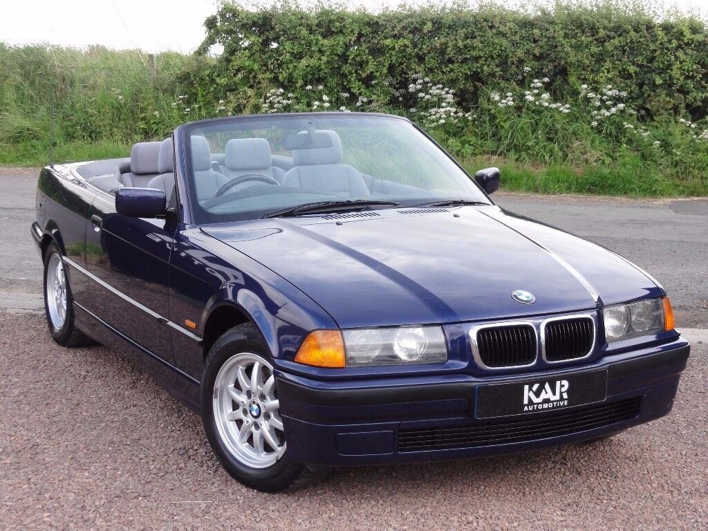 bmw e36 318i se convertible manual 1997 p reg only 50k miles mot 1 year in tranent. Black Bedroom Furniture Sets. Home Design Ideas