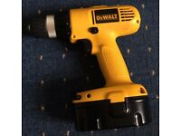 DeWALT Drill 18v + 2 batteries and charger + bit set