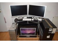 "Mac Pro 4.1 Setup - 8 Cores - 2x Apple Cinema HD Display 23"" - 2x ATI Radeon 5770 1GB"