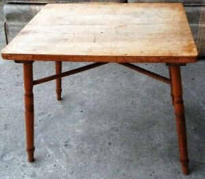 ANTIQUE SMALL COFFEE TABLE, VERY COOL