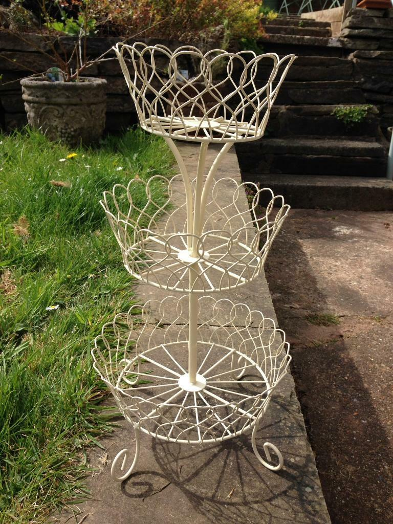 SHABBY CHIC PRETTY CREAM WIRE METAL SCROLL 3 TIER CAKE STAND - IDEAL FOR JEWELLERY OR DISPLAY
