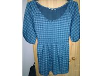 Store twenty one women top - size 18 blue