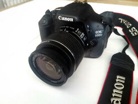 Canon EOS 600D 18MP DSLR Camera with Bag and Tripod