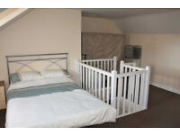 ADDORABLE ROOM WITH ALL BILLS INCLUSIVE