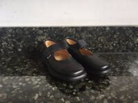 GBB Leather Kids Black Shoes Size 8.5