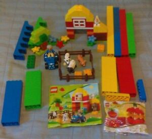 Lego Classic Lion Airplane Orange Creativity Box and Duplo Apple