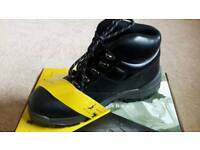 Brand new Safety Boots Size 6 only £10