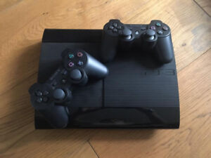 PS3 Super Slim 160Gb + 2 Controllers & 22 Games