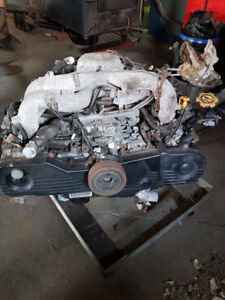 2008 Subaru Impreza 2.5 liter engine. (Damaged)